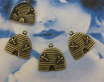Brass Ox Plated Beehive Stamping Charms 2246BOX  x4