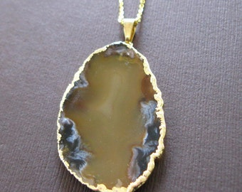 "Amber Honey Agate Slice Druzy Gold Dipped Pendant 20"" Necklace"