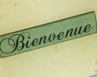 FRENCH WELCOME SIGN / bienvenue sign / hand painted sign / welcome in French / Paris welcome sign / eco friendly sign / French welcome sign