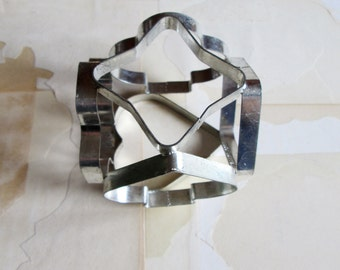 vintage six sided cookie cutter