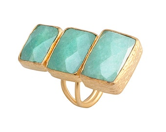 Verticle Three Small to Large Green Aventurine Stones Ring
