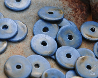5 Round Beads In Stormy Blue