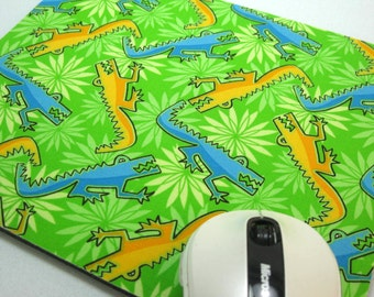 Buy 2 FREE SHIPPING Special!!   Mouse Pad, Computer Mouse Pad, Fabric Mousepad            Funky Alligators on Green