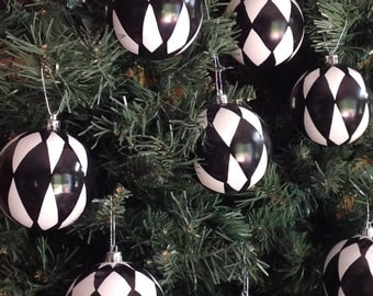 Christmas Tree Ornament // Harlequin Ornament // Whimsical Painted Ornament Harlequin// Black and White Ornament
