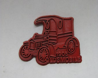 Car Oldsmobile 1905 Magnet Red Auto Vintage
