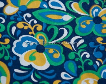 Colorful Swirls - Novelty Vintage Fabric 35 inches wide 50s 60s New Old Stock Bold Geometric