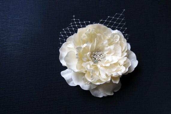 Bridal Ivory Flower Hair Clip  - Morning bloom