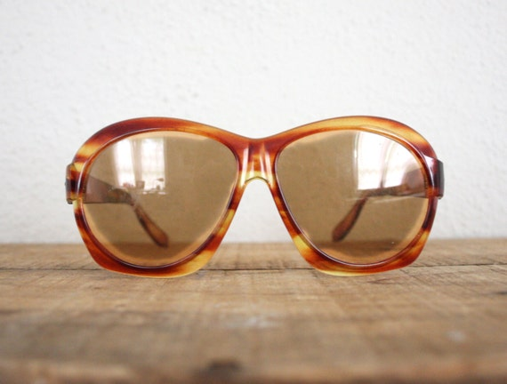 Vintage Sunglasses // 1970s Sun Glasses // Retro Oversized