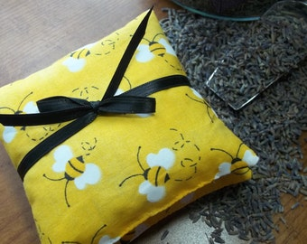 Honeybee Sachets-Set of Two Filled With Dried Lavender