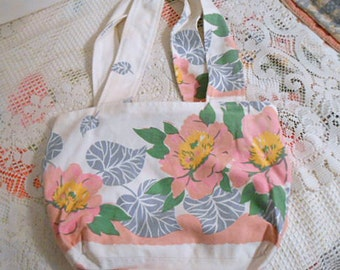 Soft PEACH & PINK PEONY Shoulder Bag, Gray Green Leaves Gold White, Sturdy Reused 1940s Cotton Tablecloth, Pocket Lining Trendy Market Tote