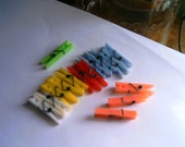 Supplies Destash Mini Plastic Clothespins Lot Scrapbooking Dolls Playtime