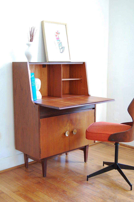 vintage secretary desk mid century modern. Black Bedroom Furniture Sets. Home Design Ideas