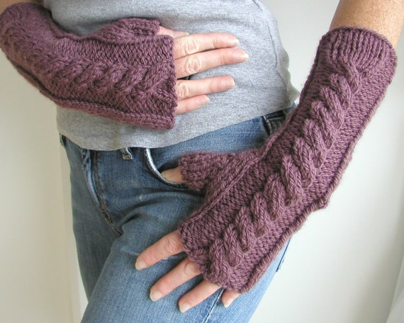 How To Arm Knit Purl Stitch : Hand and Arm Warmer Fingerless Gloves Knitting Pattern