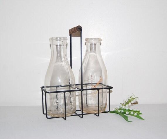 vintage glass milk bottles and carrier 50s. Black Bedroom Furniture Sets. Home Design Ideas