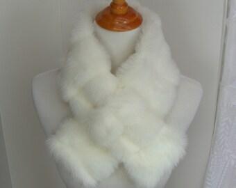 Faux Fur NECKWARMER Scarf with loop, Creamy White Mink Faux Fur Neckpiece, Faux Fur Collar, Women's Fur Cowl