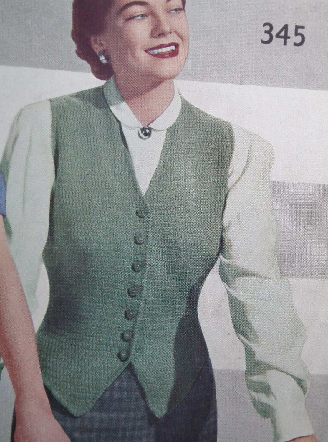 Vintage Knitting Pattern 1940s 1950s Womens Waistcoat Fitted