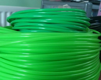 3 Meters of dark apple green (top colour) Pepi's style plastic tubing, perfect for adding to dread falls