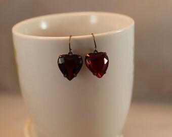 Vintage estate sale Earrings Ruby red hearts Dangle Earrngs