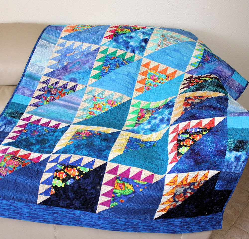 Under the Sea Lap Quilt or Sofa Throw with Fish Frogs Sea