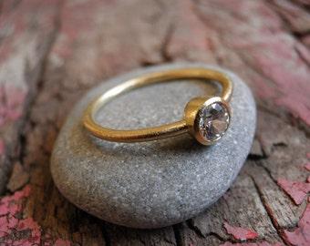 18k Gold  Ring, Classic white zirconia ring, engagment classic gold ring,  Statement Ring, Bridal Jewelry