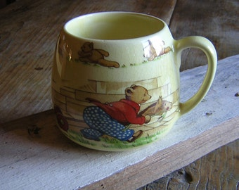 Vintage Teddy Bear Mug made in England by SylvaC