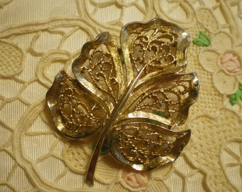 Vintage Monet Filigree Textured Gold Leaf Brooch Pin