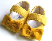 The Penelope - Baby & Toddler Shoes with  Sunny Yellow Felt with Mustard Bows - ShesSoCraftyGoods1