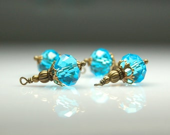 Vintage Style Bead Dangles Turquoise Blue Glass Set of Four BL410