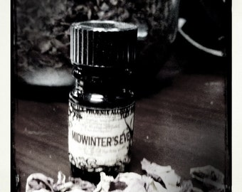 Midwinter's Eve 2010 - 5ml - Black Phoenix Alchemy Lab Vintage
