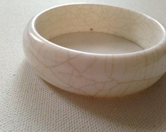 White Vintage Bracelet With Aged Veins, Retro Bangle Cuff, Ladies 1970s Round Circular Mod Jewelry