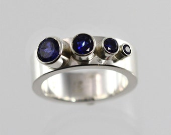 4 Stone Sequence Ring (Sapphire) (Made to Order)