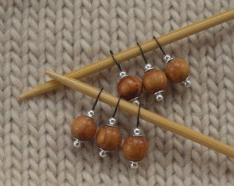 knitting stitch markers wooden beads - snag free - 10m beads - set of 6 - three loop sizes available