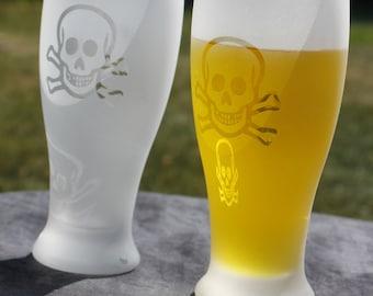 Skull and crossbones Frosted Etched Piilsner Glasses Set Of 2