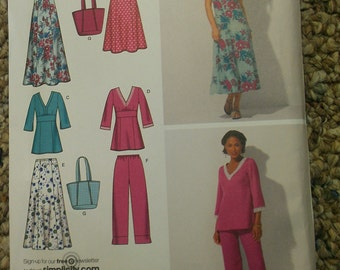 Easy Empire Dress Top with Capri Pants Skirt Tote Bag 8 10 12 14 16 Simplicity 4220