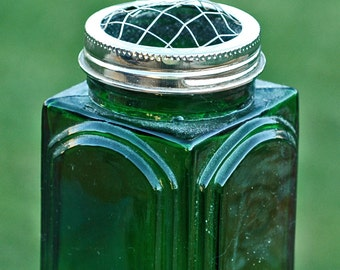 vintage green jar with a lid...  T6 L
