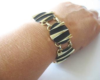 Link Bracelet Earrings, Round, Striped, Rocker, Gold, Funky, Black Enamel, 1980's, Clip on, Triangles, Atomic