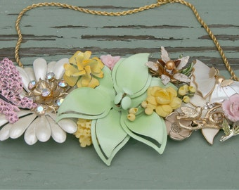 Pastels Vintage brooch Collage necklce Bridesmaid Cream Mint yellow Rose Pink Bird Birds nest Butterfly Gold Shabby Chic Upcycled