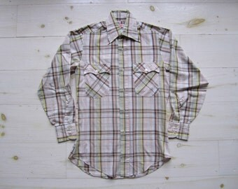 Vintage Levi's Western Shirt . Bohemian . Men's Size Small . Teen Boy's Size Large