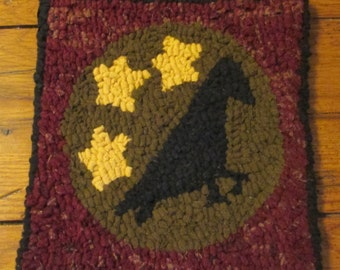 Beginner Primitive Crow with Stars  Rug Hooking Kit with cut wool strips
