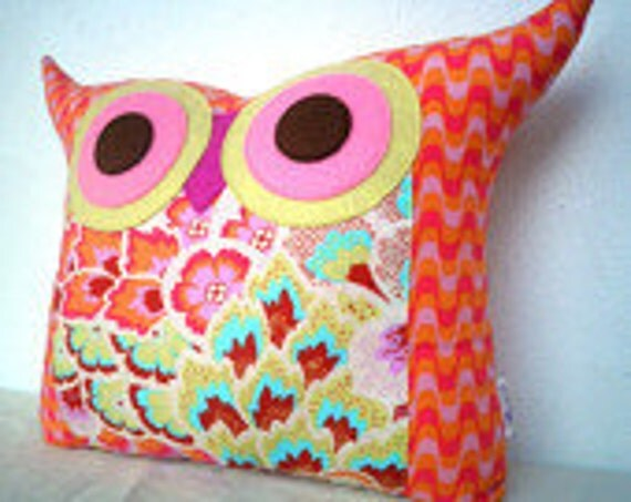 Pink / Blue/Amy Butler Soul Blossoms owl pillow/ room decor/kids decoration/for her/Ready to ship