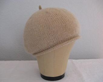 Cashmere Beret. Tan, Light Camel, Latte. 100 Percent Cashmere Beret. Hand Knit Hat. Size Adult Small. Accessories.