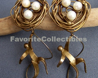 OOAK Demi Parure Set Bird Nest Soup Earrings Pin 80s Wearable Art Museum Quality from FavoriteCollectibles