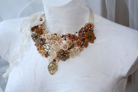SALE -50% Caramelle // Peach Vanilla Cream and Caramel Flowers Pearls and Crystal Vintage Inspired Statement Bib Necklace OOAK