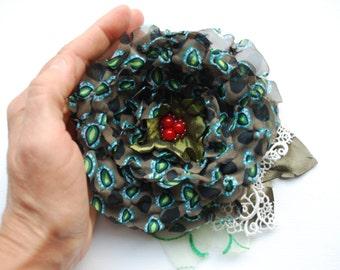 SALE- Winter Wedding Dark Green Red Brooch, Green Chiffon Flower, Green Bridal Bridesmaids Hair Clip Corsage, Weddings accessory, Woodland