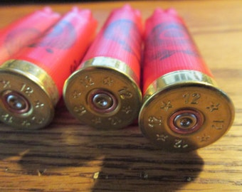 200 pcs red with brass ends Estate shotgun shells bulk lot empty fired empties shot gun bullet cartridge casings