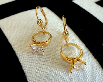 Unique Prong Setting Wedding Ring Earrings