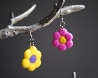Bright flower earrings