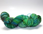 merino nylon stellina, 430 yds...stardust...joey the swamp thing