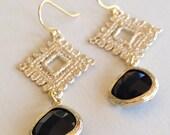 Jet Crochet Gold (handmade beaded earrings)