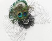 peacock feather fascinator - Feather hair clip - 1920s hair clip- veil.